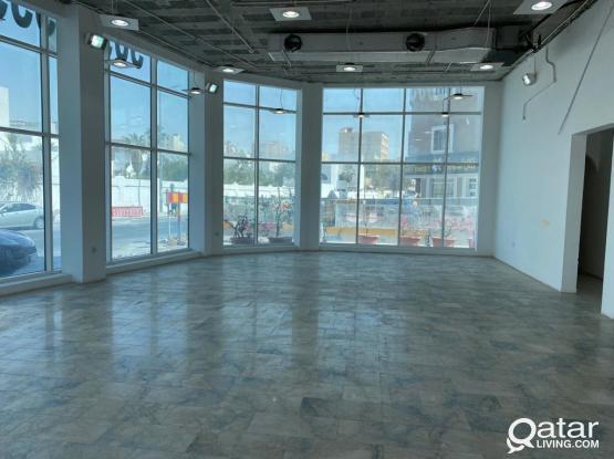 showroom for rent al saad
