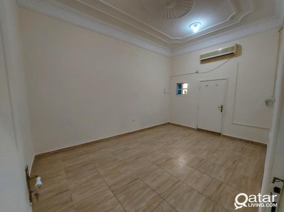 2BHK ROOM IN FEREEJ KULAIB FOR FAMILY, NO COMMISSION.