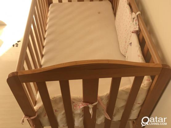 Baby bed and mattress for sale size 124*70*95cm