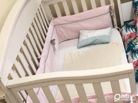 Baby Crib With Mattress And Bed Bumper