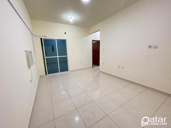 Hot Deal - Spacious 2 BHK Apartment For Rent @Madina Khalifa South