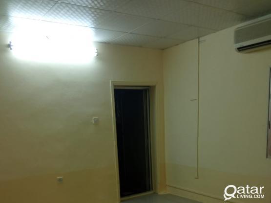 Studio available in Madinath Khalifa (