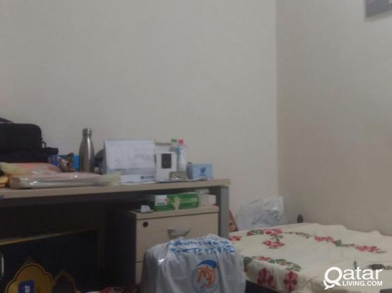 Executive Bachelor Bed Space available in New Rayyan behind Rayan bank