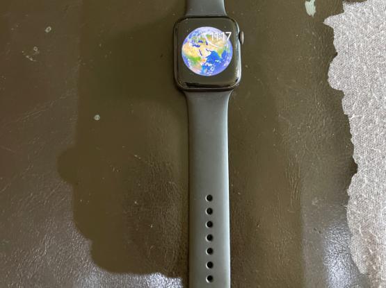 Apple Watch Series 5 GPS & Cellular 44 mm