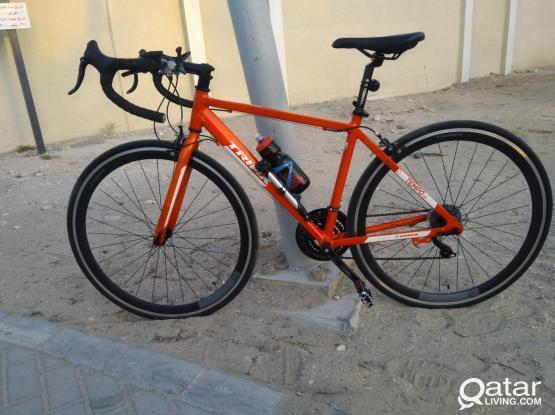 Trinx Tempo 1.0 Road Bike