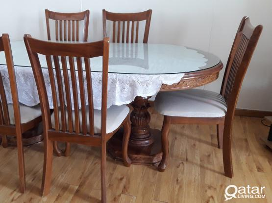 Used Dining Table (Furniture)