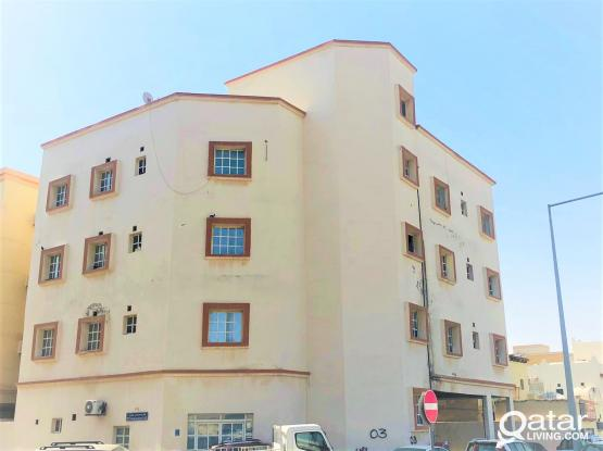 2 Bedroom Apartment For Rent in Madinath Khalifa For Family