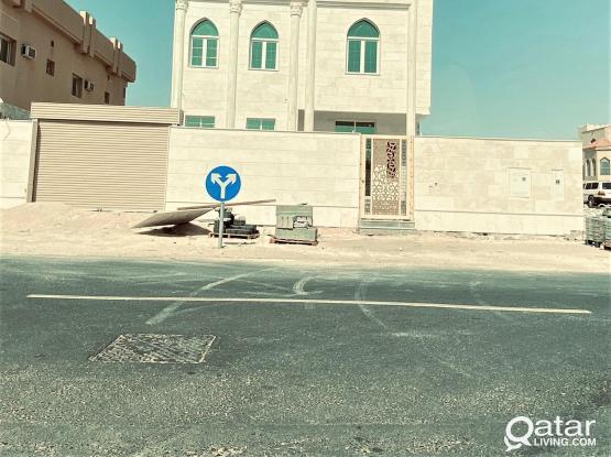 Brand New Villa for Sale in Al Maamoura - فيلا جديدة للبيع في المعمورة