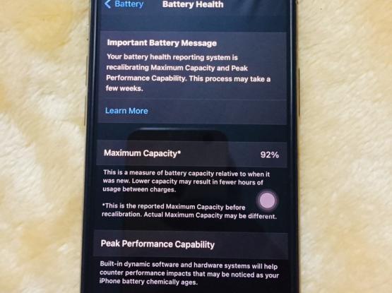 I Phone 11 Pro 256 GB Gold Colur(japanese Version)