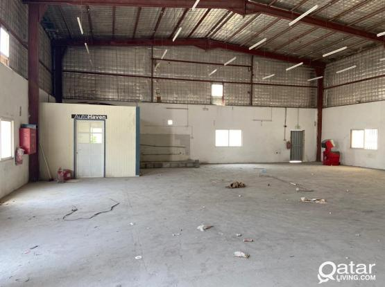 700SQUARE METER STORE FOR RENT IN INDUSTRIAL AREA