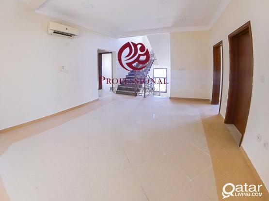 Unfurnished, 6 BHK Stand Alone Villa in Gharrafa
