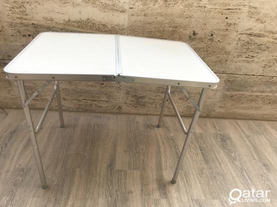 folding aluminum  table portable size 90*70*40Cm
