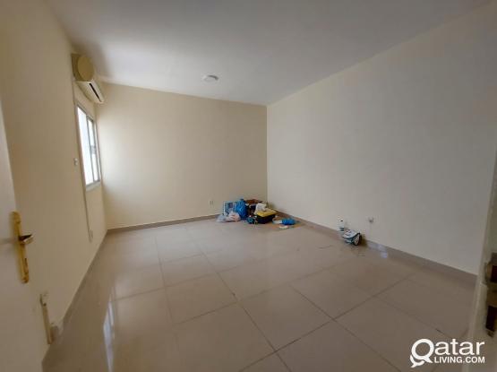 3bhk Apartments in Madinat khalifa south