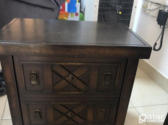 Wooden said table 30 riyal
