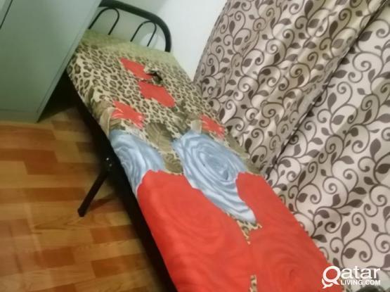 Bed Space For Females In Mughleena Near Jadeeda Metro Station