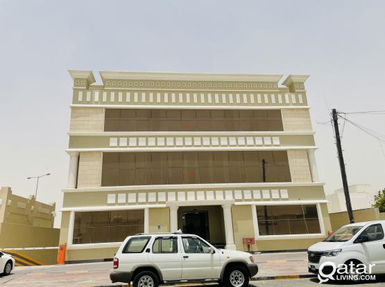 1200sqr Fully Comercial building in Néw Salata with 2 Months Free.