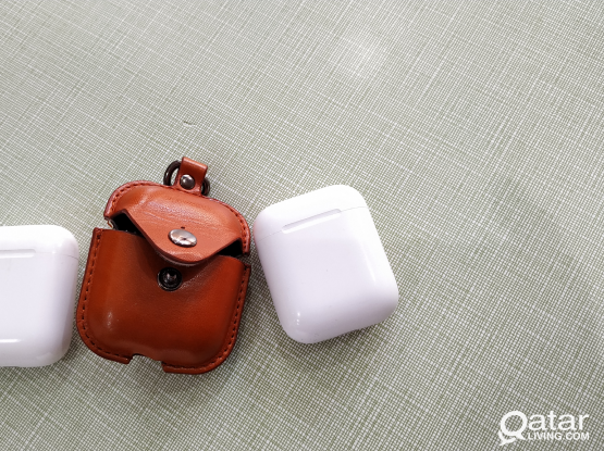 Airpods 2 (Two charging case)