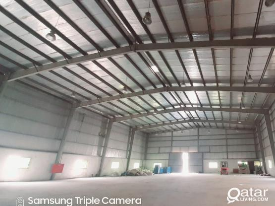 1400 SQM STORE WITH 3 ROOMS