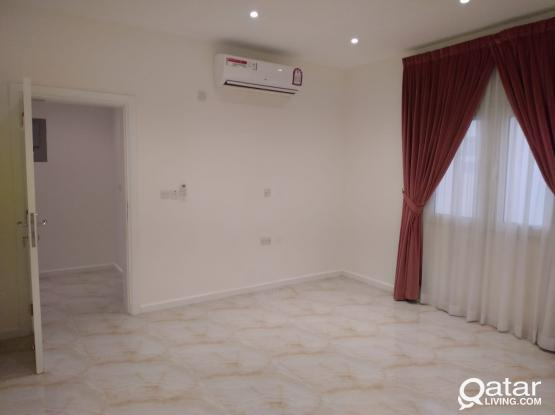 #NO COMMISSION#  SPACIOUS 4 BHK VILLA AVAILABLE AT IZGHAWA (VERY CLOSE TO NORTH GATE MALL)