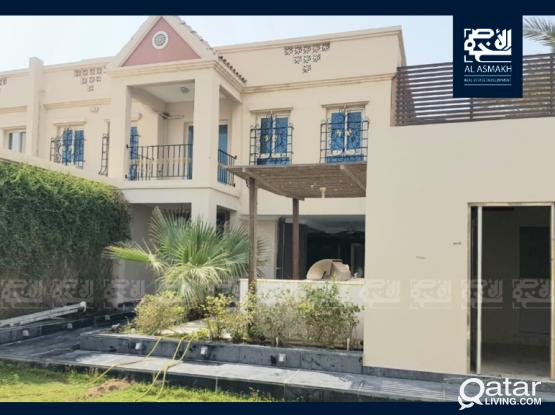 Luxuries Villa at the Beverly Hills Garden, Al Waab