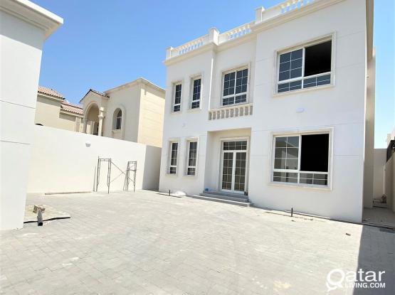 New Villa for Sale in Umm Qarn - فيلا جديده للبيع في ام قرن