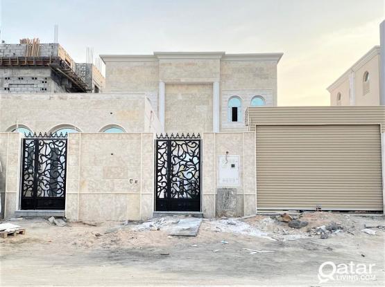 New Villa for Sale in Umm Salal Mohamed - فيلا جديدة للبيع في ام صلال محمد
