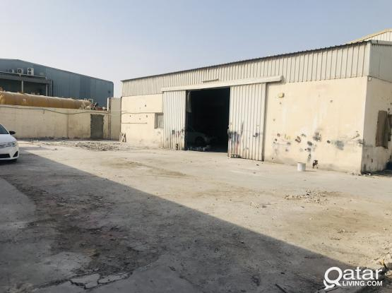 1100 Garage For Rent
