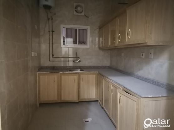 Studio/ one bedroom flat in al maamurah area includes utilities