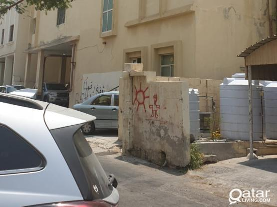 FOR RENT 2BHK FLAT with 2 toilet [Madinat Khalifa-South]