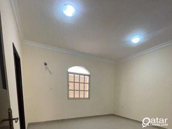 Huge 3 BHK Amazing Apartment in Al Kheesa with Balcony