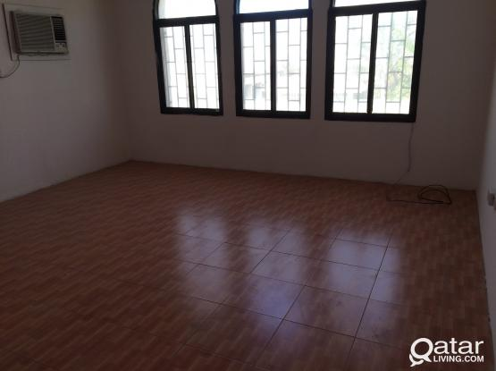 HUGE HALL WITH TWO BED ROOM -NO COMMISSSION