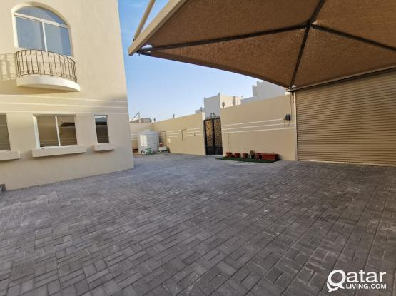 Newly built villa. Very large with outdoor maids room + kitchen/bathroom