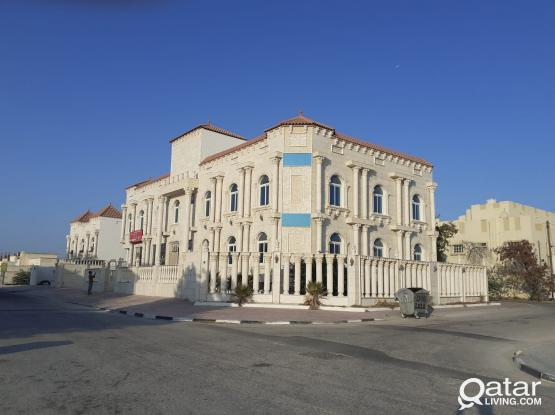 UNFURNISHED 3 BHK APARTMENT WITH AC IN ALKHOR ASTER CLINIC