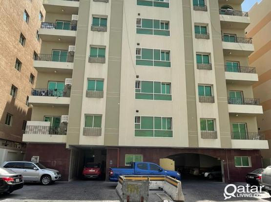 Executive Bachelors Bed Space Available Near Metro Station ( 240 Metre )