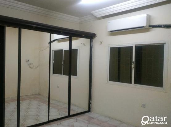 SPACIOUS 1 BHK IN NEW SALATHA, NEAR 03 MALL FOR FAMILY