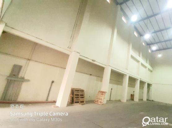 300 SQM STORE FOR RENT