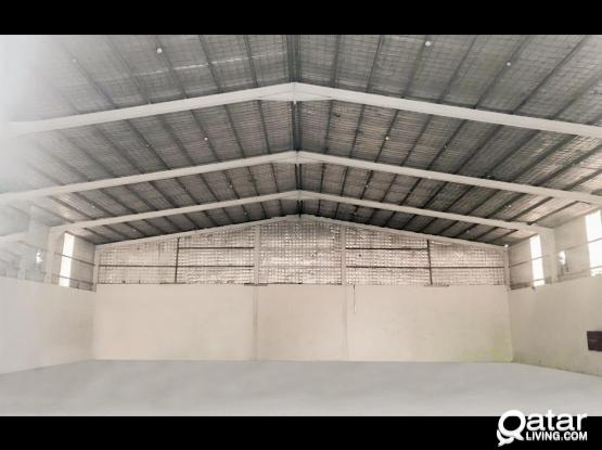 600SQM Spacious Store with 24 hours maintenance service