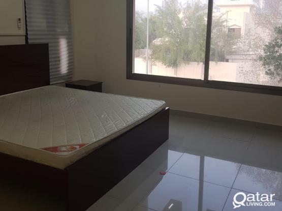 2 bedroom villa part 1st floor for rent in Dafna