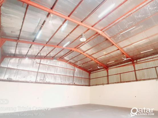 200 SQM STORE FOR RENT