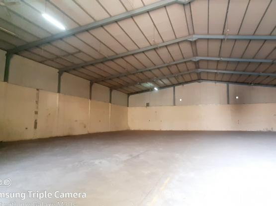 2000 SQM STORE WITH 4 ROOMS