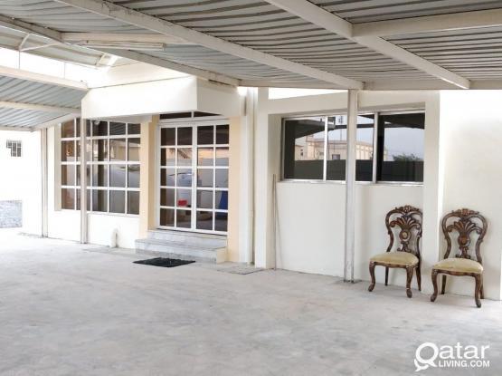 2BHK Family Villa MadinatKhalifa South Neat&Clean,5Mnts To LuLu & Almeera No commission