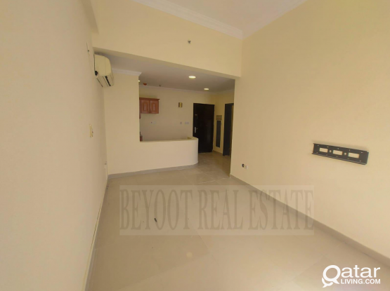 Spacious 1BHK Apartment with Balcony in Umm Ghuwailina near C-Ring Road