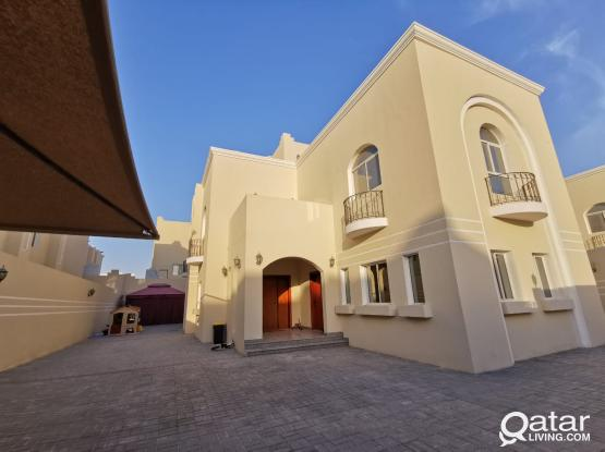 AMAZING OFFER: Excellent, spacious 6 Bed Villa, with large outdoor area Inc maids room + kitchen/bathroom