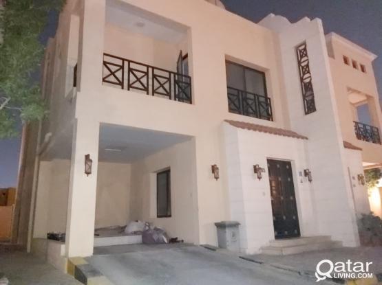 Hot Offer 3 Bedroom and Hall with 4 bathroom Plus Maid Room in Umm Al Seneem