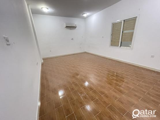 MEGA DEAL - SPACIOUS 5 BHK COMPOUND VILLA FOR RENT @AL WAAB ( ONLY FOR EXECUTIVE BACHELOR )