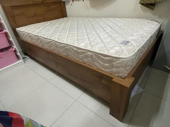 Bed & Mattress ( Pan Emirates )