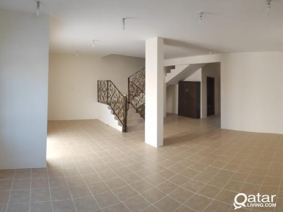 Hot Offer 5 Bedroom and Hall with 5 bathroom in Gharafa