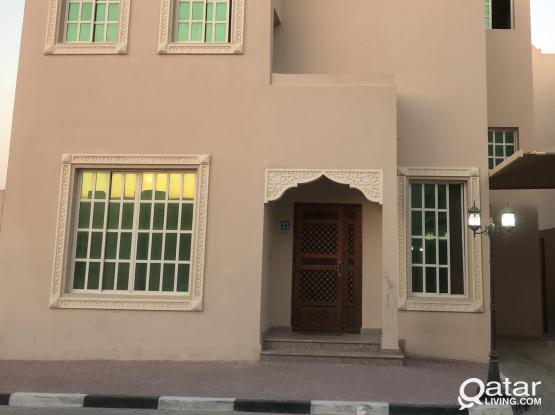 5 bedroom bachelors villa for rent in Abu hamour