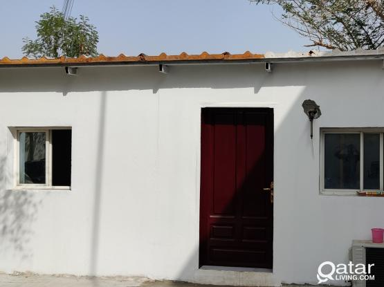 FAMILY ROOM 2 BHK OUT HOUSE