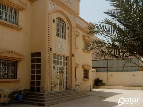 Big Studio Family Room Available for Rent Near Al-Maha Academy, Behind Safari Hypermarket Beside Of Jumma Mosque In Ain Khaled